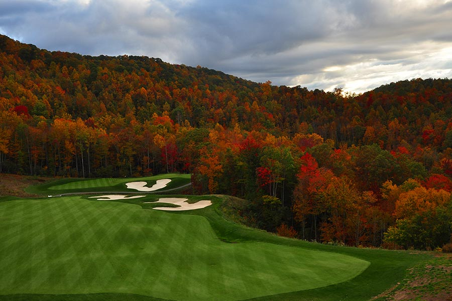 There are many private golf courses and country clubs including Elk River and Diamond Creek located in Banner Elk NC.